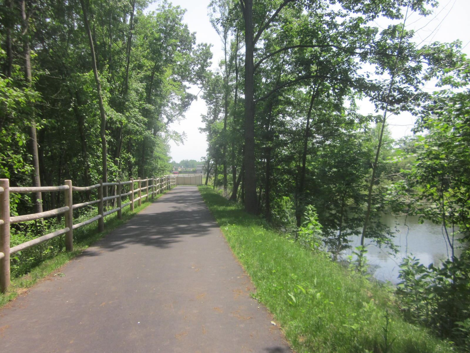Bike Path in Middletown